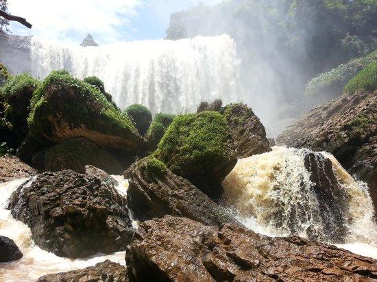 Elephant Falls : The falls