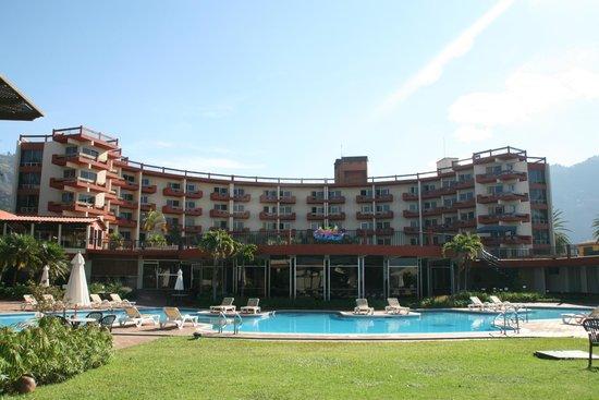 Porta Hotel Del Lago: Outside