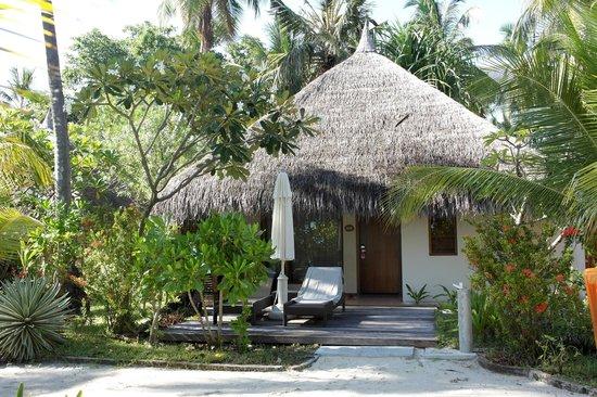 Kuramathi Island Resort: Deluxe Beach Villa with Jacuzzi
