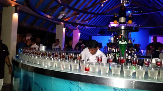 Club Med Kani : A good party every night
