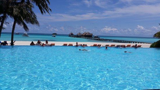 Club Med Kani : Poolside