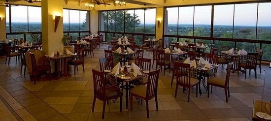 Elephant Hills Resort: Restaurant