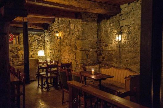 Banshees' Lodge : arrièere salle