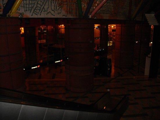 Olaias Park Hotel: Estación Metro Olaias