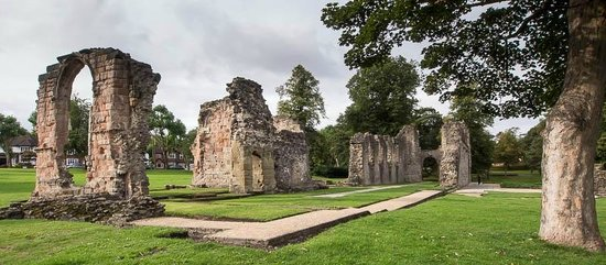 Dudley, UK : Priory Ruins - Priory Park
