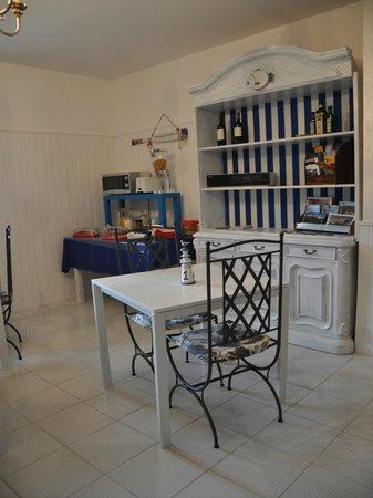 Brezza Marina: sala colazione