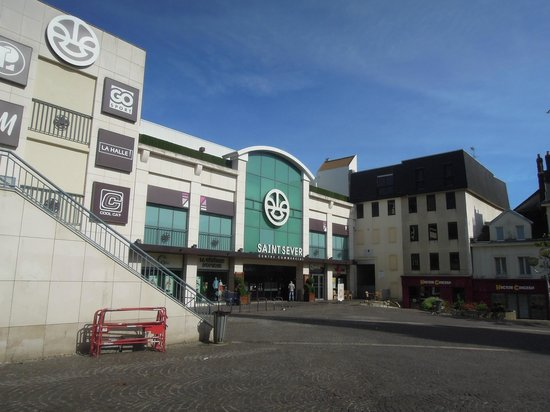 Centro commerciale accanto all 39 hotel foto di hotel rouen for Hotels rouen