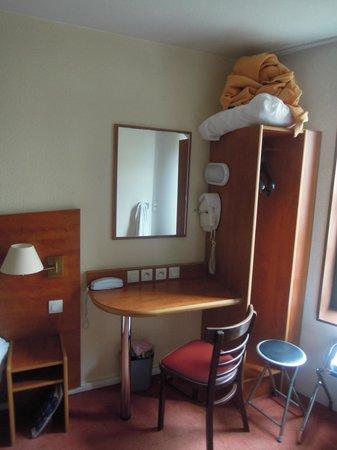 Hotel Rouen Saint Sever: stanza