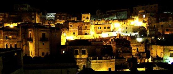 Hotel Sassi : Vista notturna dalla stanza