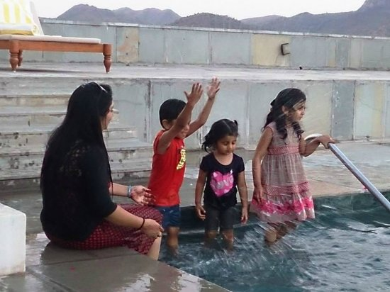 RAAS Devigarh : pool site