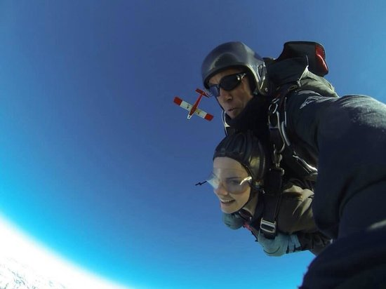 Skydive Fox Glacier : Free falling