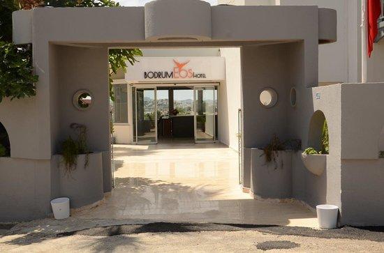 Bantur-Naz Hotel : Hotel Entrance