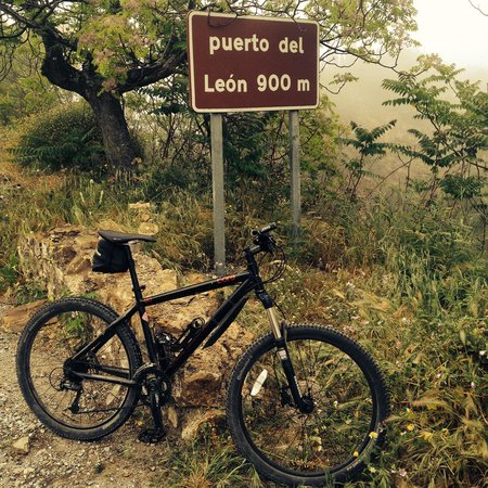 Bike2Malaga - Tours & Rentals: At the top of the mountain