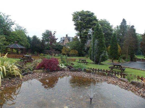 Lynnhurst Hotel: The Gardens