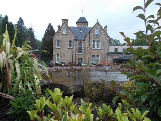 Lynnhurst Hotel: Another Garden View
