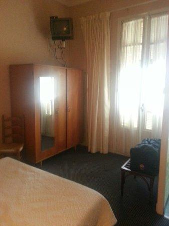 Hotel Pierre Loti : Chambre 12