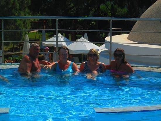 Limak Atlantis Deluxe Hotel & Resort: pool fun