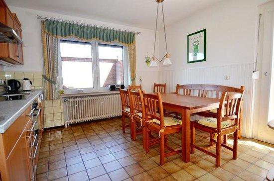 Strandhotel Horumersiel: Separate Küche