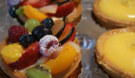 With summertime around the corner, UNo offers sweet little pastries bursting with fresh fruit.