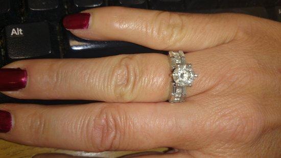 Joe's Jewelry: The ring purchased from Joe's