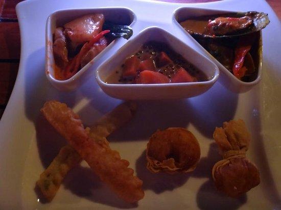 Beachcombers : Dinner BUFFET (アジア料理)