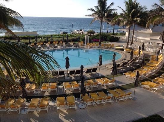 Boca Beach Club, A Waldorf Astoria Resort: morning peace