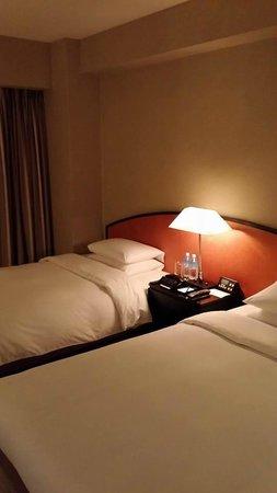 Hyatt Regency Osaka : Bedroom