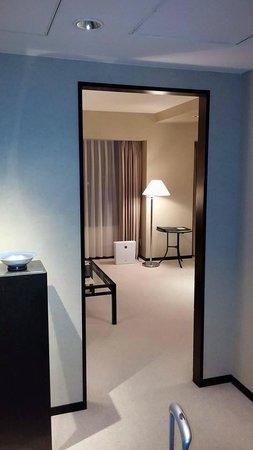 Hyatt Regency Osaka : Room entrance