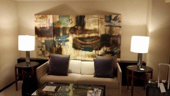 Hyatt Regency Osaka : Sofa in living room