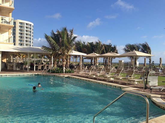 Fort Lauderdale Marriott Pompano Beach Resort & Spa : Pool area
