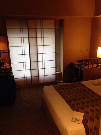 Hotel Niwa Tokyo : Rooms have a classic Japanese theme.
