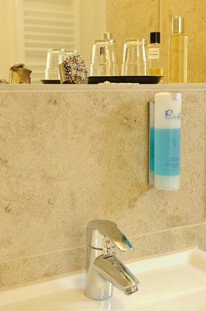 Hotel Blauer Bock: Badezimmer
