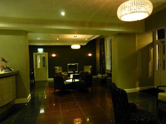 The Belgrave: Lobby