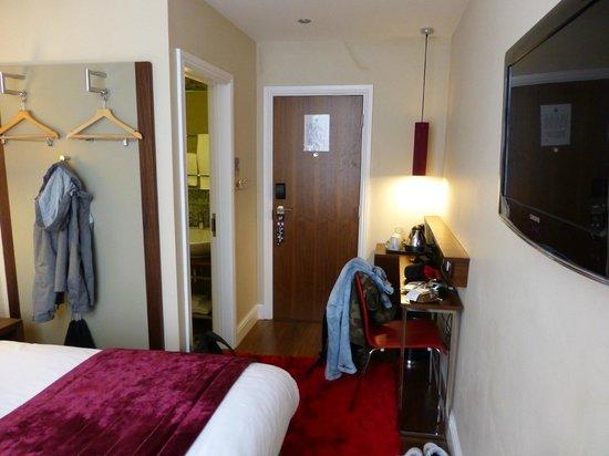 The Belgrave: Zimmer 212