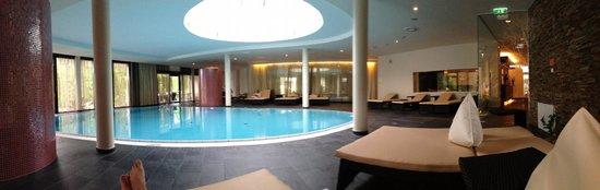 Seepark Hotel: Der Pool im SPA-Bereich