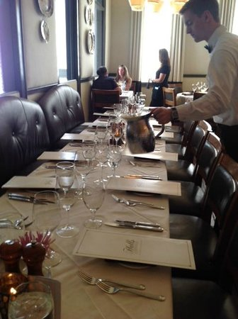 Halls Chophouse: dinner seating for 17