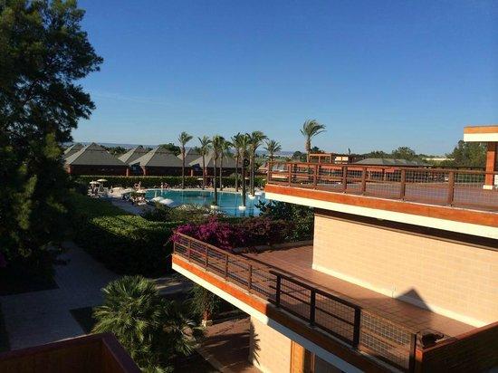 Il Valentino Grand Village: veduta della piscina