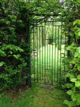 Duchray Castle : The Hidden Garden ...