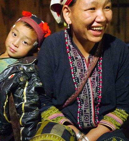 Ms. May Kieu's Homestay: Ms Kieu and son