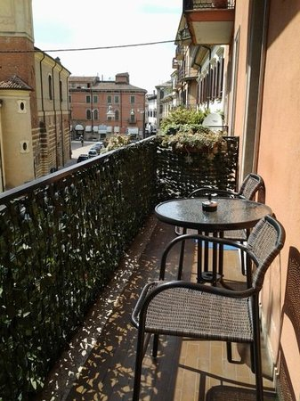 Castelvecchio Rooms: Balcone della sala colazioni