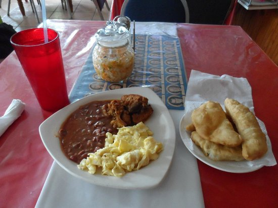 Nerie's II: Breakfast - Stewed pork, scrambled eggs, refried beans and fry jacks