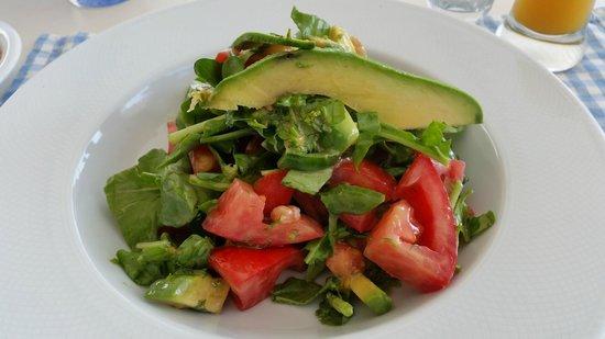 Avocado Restaurant: салат из авокадо и креветок