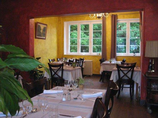 Les Boucles de Meuse : salle a manger