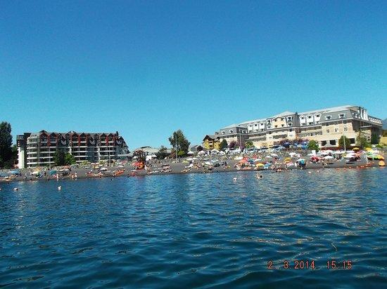 Gran Hotel Pucon: Vista desde el lago