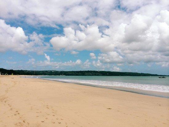 Jimbaran Bay : Beautiful & secluded