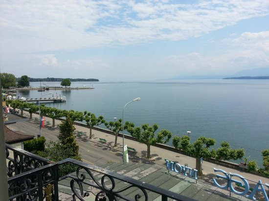 Hotel Beau-Rivage: Lake view room