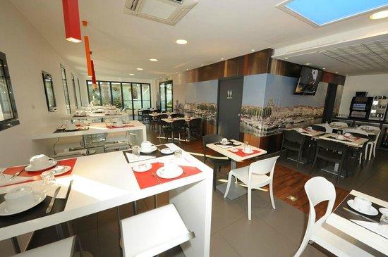 Contact-Hotel La Rochelle : Petit déjeuner