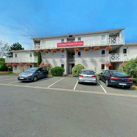 Contact-Hotel La Rochelle : Parking bâtiment 2
