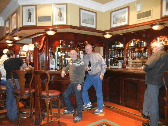 Granville Hotel: Pub