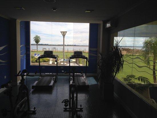 Condado Hotel Casino Paso de La Patria: gimnasio